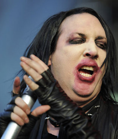 brian hugh warner 'hugh warner' was the father of marilyn manson, brian hugh warner, his son bearing middle name hugh was involved in the air commando squadron in vietnam, specifically as a flight engineer.