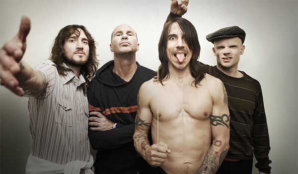 red hot chili peppers resim 3